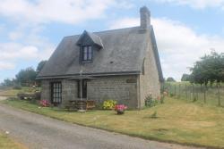 Romantic Cottage, La Lande Vermont Walnut House, 14500, Saint-Germain-de-Tallevende