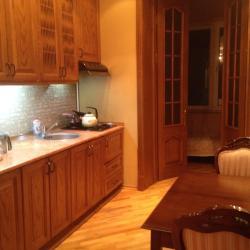 Apartment on Mərdanov Gardaşları, Mərdanov qardaşları 102/84, AZ1025, Μπακού
