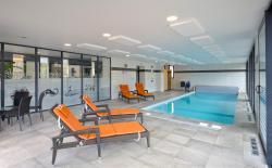 Inter-Hotel Le Lion D'or, 6-8, Rue Chateaubriand, 35460, Saint-Brice-en-Coglès