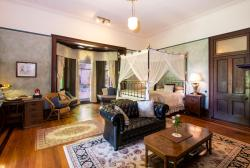 Vacy Hall Historic Guesthouse, 135 Russell Street, 4350, Toowoomba