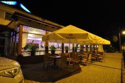 Pass Hotel, ul. J.Kochanowskiego 39, 44-310, Zebrzydowice
