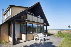 Holiday Home Olaf,  8420, Borup