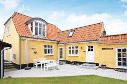 Holiday Home Niels II,  9970, Strandby