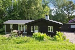 Holiday Home Ved Klintebakken,  3390, Hundested