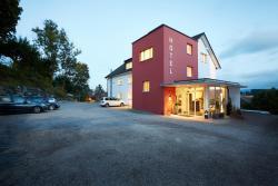 Hotel Rössli, Ausserdorfstr.2a, 9524, Zuzwil