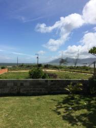 Casa Praia do Sonho, Rua Andaia, 58 - Praia do Sonho Município: Palhoça, 80130-000, Enseada do Brito