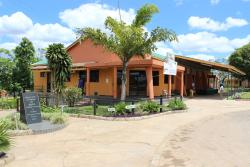 Milpark Hotel, Estrada Nacional N6 Chimoio, Gondola, 0408, Cafumpe