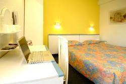 Hôtel Cergy Préfecture, 6 place Les Linandes Pourpres, 95000, Cergy