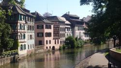 Héberges de L'ILL - Appartement Renaissance, 7 Quai Finkwiller, 67000, Strasbourg