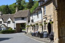 The Castle Inn Hotel, Nr Chippenham, SN14 7HN, Castle Combe