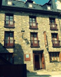 Pensio Casat, Calle Mayor, 6, 25598, Salardú