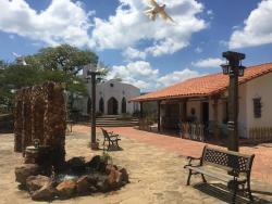El Pueblito Resort, Carretera a Valle Abajo,, Samaipata