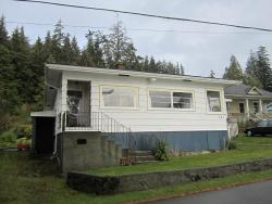 Artist's Cottage, 661 Fir Street, V0N 1A0, Alert Bay