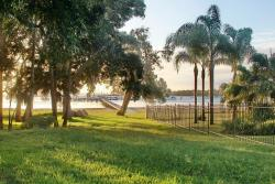 LUXURY Sandy Beachfront Townhouse...The Moorings, Townhouse 11, 4 Cromarty Rd Sunset Beach, Soldiers Point, 2317, Soldiers Point