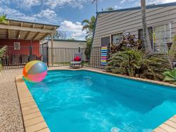 Surf Club House, Pet Friendly, Sunshine Coast, Holiday House, Marcoola, 4 Clematis Court, 4564, Marcoola