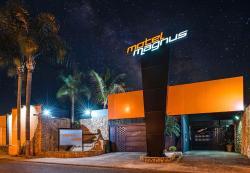 Hotel Magnus, Av. Engenheiro Camilo Dinucci, 1.307 Jardim Regina, 14808-100, Araraquara