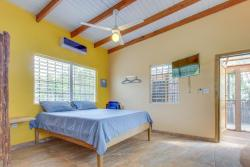 Oceanus Cabanas, Jetty Road, 1.2 km from the roundabout,, Dangriga