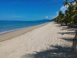 Playa Pikua Ecolodge, KM 39, Via a la Guajira, 470009, Guachaca
