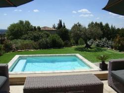 Villa with Panoramic View, 5 Les Hauts De st Sat, 84450, Saint-Saturnin-lès-Avignon