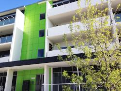 Ivy and Roses Boutique Apartments, 3 Clare Burton Crescent, 2913, Canberra