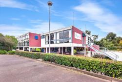 Parkside Motel, 68 High Street, 3216, Geelong