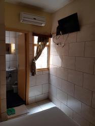 Hotel Nella, yamoussoukro Quartier 220 lgts,, Yamoussoukro