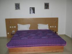 Hotel Le Brennus, 220 Logement,, Yamoussoukro