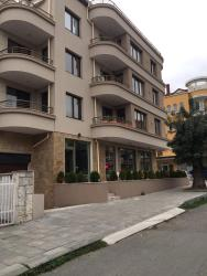 Ganevi Apartments, 9А Bratsigovo street floor 1, ap. 3, 8016, Сарафово