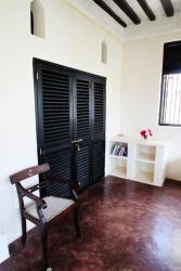 Sweet Banana House, Po Box 119, 80500, Shela