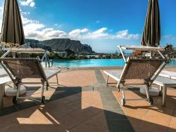 Idyll Suites - Adults Only, Petrel s/n, 38138, Playa del Cura