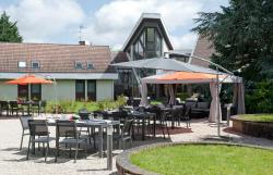 Hôtel Domaine du Manet Saint-Quentin-en-Yvelines, 43 Avenue du Plan de l'Eglise, 78180, Montigny-le-Bretonneux