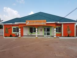 Kofi Appiah Lodge, Sabin Akrofrom. Off Kumasi Obuasi Road,, Trede