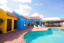 Green Cunucu With Pool, Noord Bona Vista 16,, Oranjestad