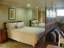 'belle la vie' Holiday Cabin, 14a Dunromin Drive, 2480, Modanville