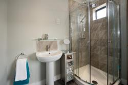 Bardywell Heights Serviced Apartments, 13 Bardywell Heights West Strand, CA28 7QG, Whitehaven