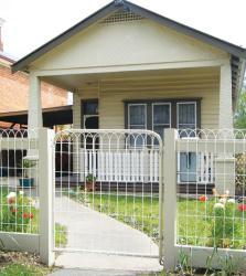 Kookaburra Cottage, 56 Mostyn Street, 3450, Castlemaine