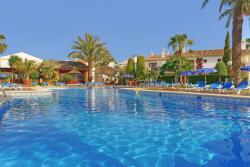 Infiniti Beach Resort, Juan Sebastian Elcano, 72 - Urbanización Pueblo Laguna, 04621, Vera