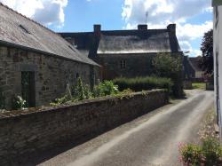 Chez Odette, 4 Rue Pont Put, 22340, Maël-Carhaix