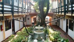 Residencia Leones de Castilla, Choferes del chaco 763 casi Pacheco, 1377, Asunción