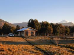 Cabaña Palguin, Camino Internacional Palguin Bajo - Parcela 4b,, Palguín
