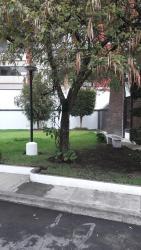 Arriendo en hermoso conjunto privado para ciudadanos temporales, Diego de Almagro y Bulgaria, Casa 7, Conjunto Sevallos brelthl, 170122, Quito