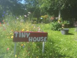"""Tiny House """"Les Vallées"""", 12  route des vallees, 50220, Saint-Quentin-sur-le-Homme"""