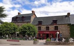 Logis Hotel, restaurant et spa Le Relais De Broceliande, 5, Rue Des Forges, 35380, Paimpont