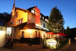 Gasthaus Mester, Hunold-Rump-Str. 87, 57368, Oedingen