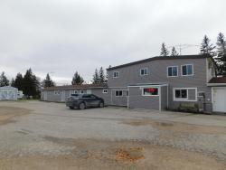 Seven Sisters Motel, Provincial Road 307, R0E 1Y0, Seven Sister Falls