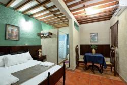 Hotel Libano, De la Catedral 1/2 cuadra al norte, 21000, León