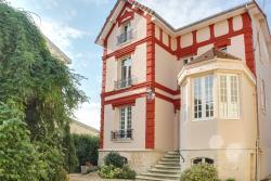 La Maison Carteret, 6 Rue Thibault, 52220, Montier-en-Der