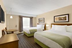 Colonial Square Inn & Suites, 1301 8th Street East, S7H 0S7, Saskatoon