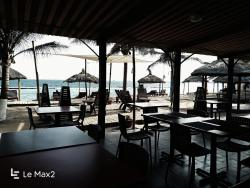 Hôtel Coco Beach, Zone Portuaire BP 12502,, Oundo