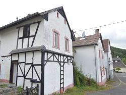 Holiday home Ferienhaus Densborn,  54570, Densborn